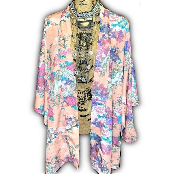 Pink Bat Wing White Vintage Wild horses Kimono
